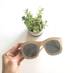 {anthropologie} oversize trendy sunglasses minimal